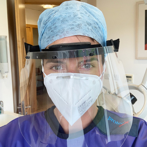 dentist-wearing-ppe-during-covid-19