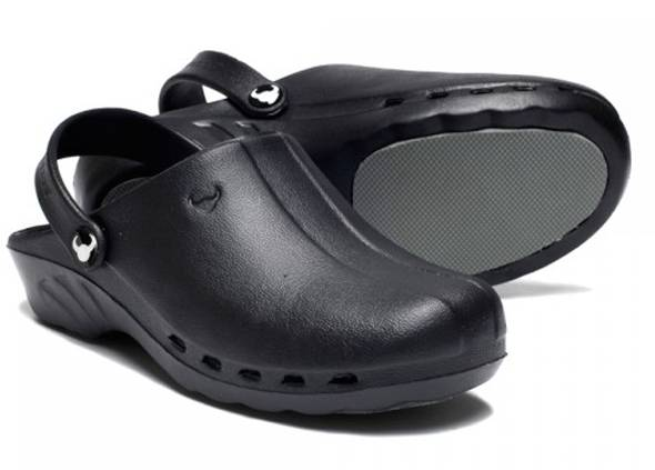 suecos_oden_clogs_black-1